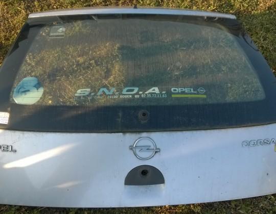 Opel Corsa C  csomagtérajtó üveggel együtt