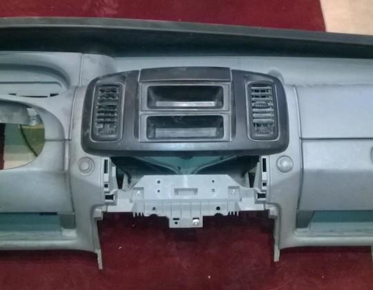 Opel Vivaro műszerfal párna