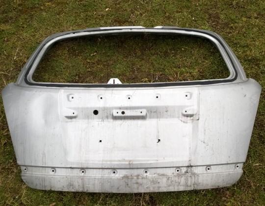 Opel Antara csomagtérajtó