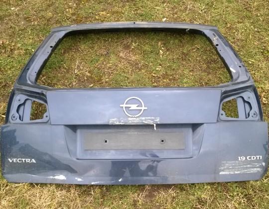 Opel Vectra C Combi sérült csomagtérajtó
