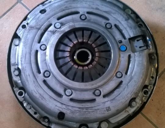 Opel Zafira B 1.7CDTI kuplung szett (6 sebességes)