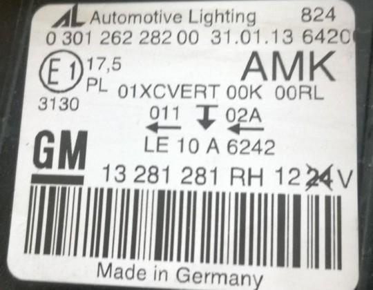 Opel Astra  J GTC jobb Xenon fényszóró