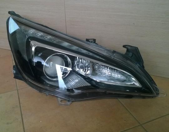 Opel Opel Astra  J GTC jobb Xenon fényszóró